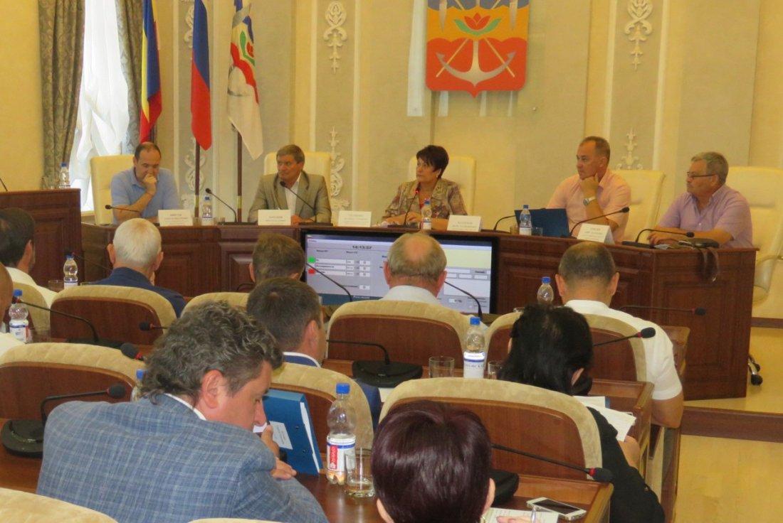 Дискриминационные запреты для предпринимателей прошли через Думу Волгодонска