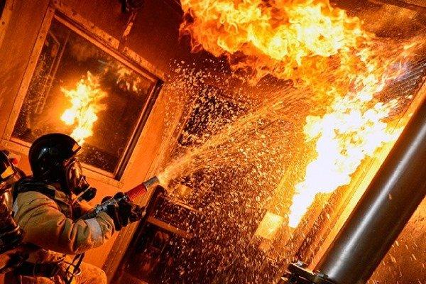 В Волгодонске при пожаре в квартире пострадал 32-летний мужчина