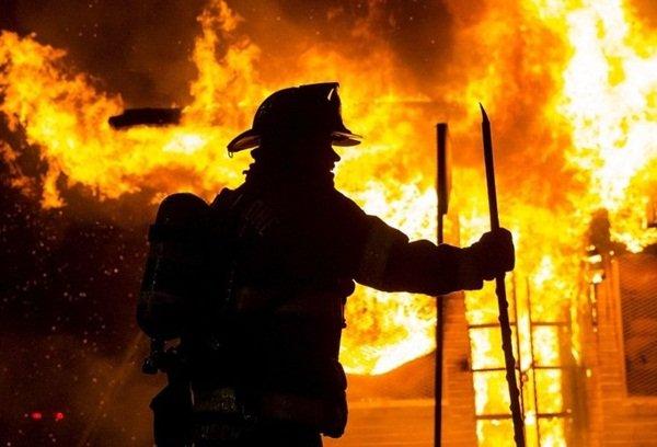 Недалеко от Волгодонска в летней кухне произошел пожар