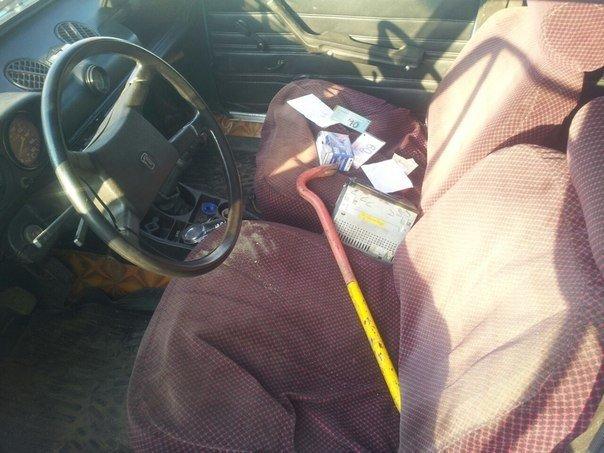 Недалеко от Волгодонска мужчина был задержан после ДТП на угнанном им автомобиле