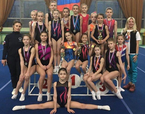Гимнастки из Волгодонска привезли 14 наград с турнира в Ессентуках