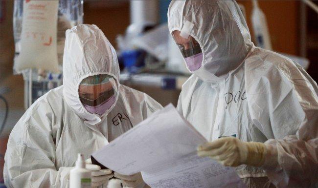 США обогнали Италию по числу заразившихся коронавирусом