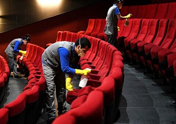 Стало известно когда заработают кинотеатры в России