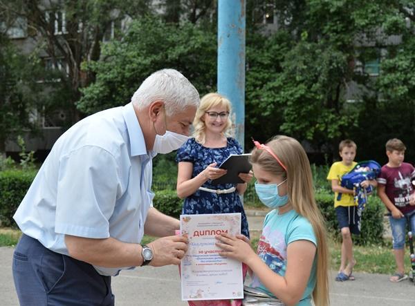 В Волгодонске наградили юных талантов микрорайона «Звездный»