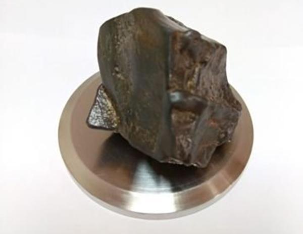 Житель Волгодонска продает метеорит за 200 тысяч рублей