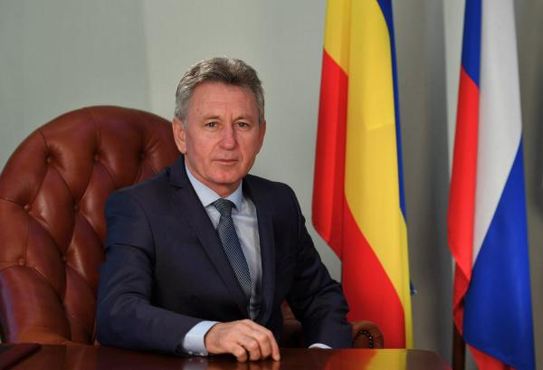 Глава администрации Волгодонска отмечает свой День рождения