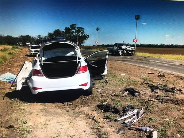 В Мартыновском районе столкнулись «Тойота» и «Хендай»: оба водителя погибли
