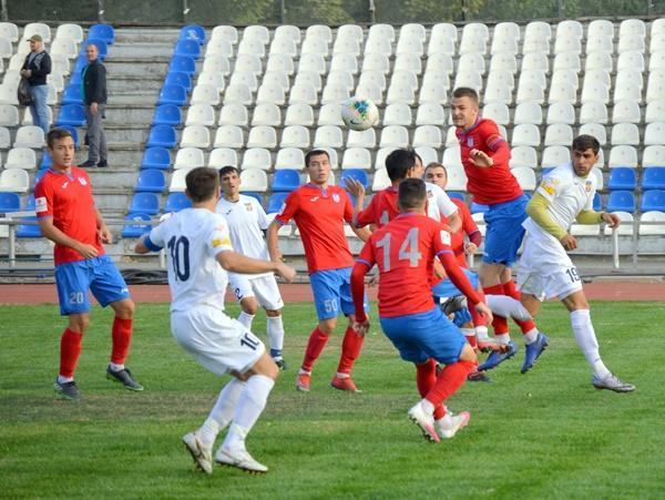 Футбольный клуб «Волгодонск» проиграл ростовчанам и опустился на четвертое место в Чемпионате Ростовской области