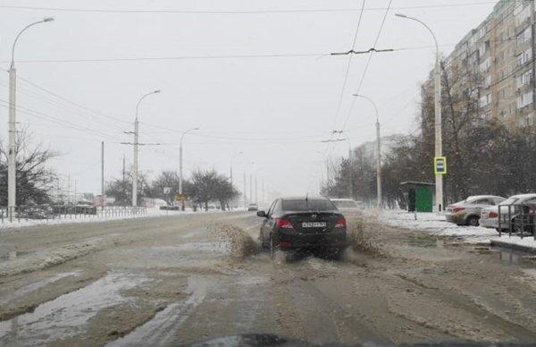 Из-за сильной метели ГИБДД Волгодонска просит водителей быть внимательнее