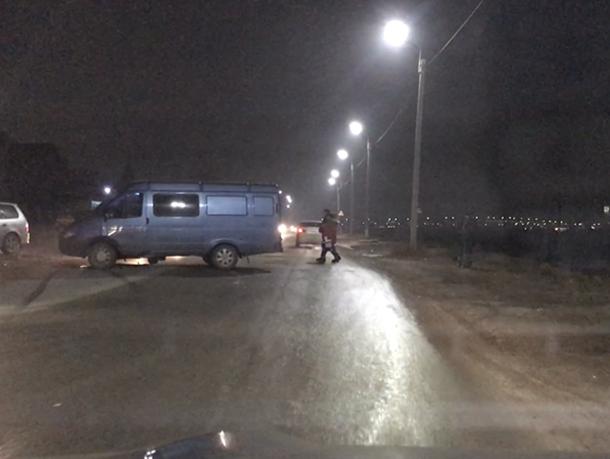На перекрестке в Волгодонске столкнулись «ГАЗель» и «Киа»