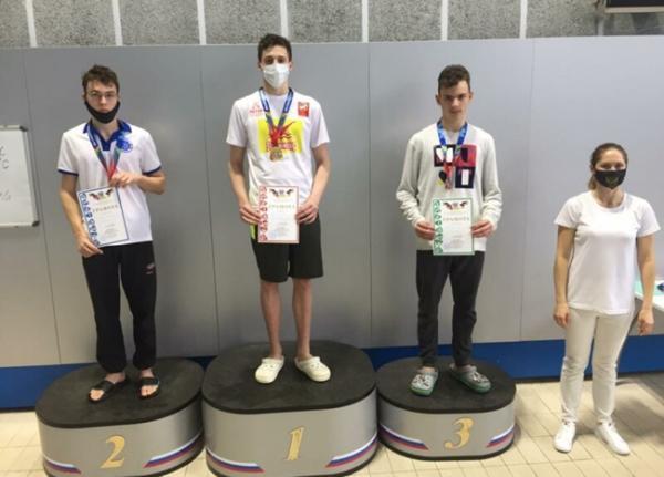 Рекорд Ростовской области и 18 медалей: пловцы из Волгодонска успешно выступили на региональном первенстве
